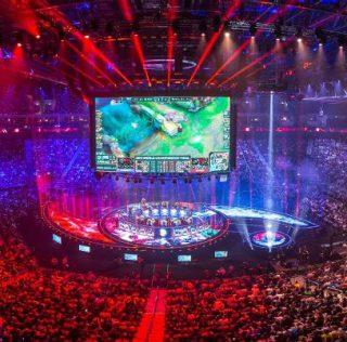 Los eSports juegan en el portafolio de negocios de la industria del deporte